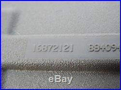 01 11 Chevy Express GMC Savanna Seat Belt Buckle Front RH Passenger Side OEM