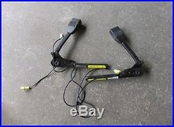04-06 Pontiac GTO Seat Belt Buckle Pre Tensioners