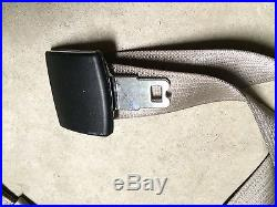 08-10 OEM Ford F250 F350 F450 F550 Front Center Lap Seat Belt Buckle Med. Stone