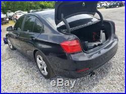 14 2014 BMW 328i DRIVER LEFT FRONT SEAT BELT BUCKLE AND TENSIONER