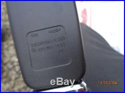 2003-2006 Mercedes-Benz W220 S600 S500 S430 S350 S55 seat belt buckle airbag RH