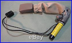 2004-2008 JAGUAR XJ8 VANDEN PLAS FRONT RIGHT / PASSENGER SIDE SEAT BELT BUCKLE