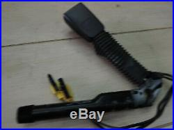 2006-11 Mercedes ML Gl Class Driver Side Seat Belt Buckle Reciever 2518602569