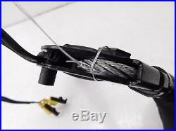 2006-2009 MERCEDES R350 W251 OEM LEFT FRONT DRIVER SEAT BELT BUCKLE RECEIVER