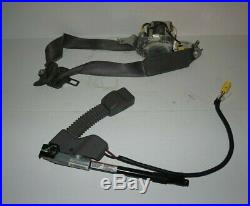 2006 2011 Honda CIVIC Sedan Left Driver Seat Belt Buckle Pretensioner Gray