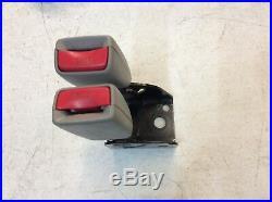 2007 GMC Envoy Chevy Trailblazer Seat Belt Buckle Receiver