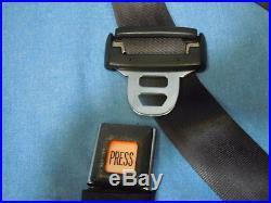 91-95 Jeep Wrangler Passenger's Front Seat Shoulder/Lap Belt with Seat Belt Buckle