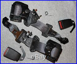 98-00 VOLVO V70 Wagon 3rd Third Row Seatbelt Assembly with Seat Belt Buckle Latch