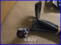 99-01 Ford F-250 350 450 550 Super Duty Front Bench Seat Belt Buckle Set OEM
