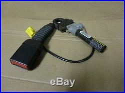 99-04 Ford Super Duty F250 Passenger Side Right Seat Belt Buckle Clip Female End