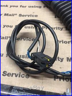 Bmw E65 E66 02-08 Oem Front Right Seat Belt Buckle Receiver, P# 7 122 210