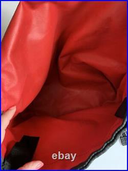 Chrome IndustriesMedium Messenger BagBrick Red Seat Belt Buckle Urban City