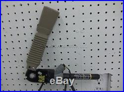 FORD TAURUS Right Front Seat Belt Buckle Latch Assembly Passenger side