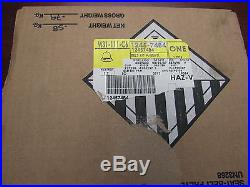 GM OEM Front Seat Belt-Buckle Right 12457484 New Old Stock
