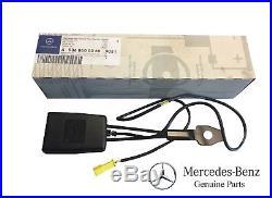 Genuine For Mercedes Benz Sprinter 2500 3500 2010-2017 Front Seat Belt Buckle