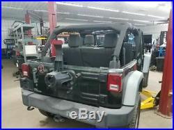 Jeep JK Wrangler Passenger Right Front Seat Belt Buckle 1RH741XVAB 11-17 23702