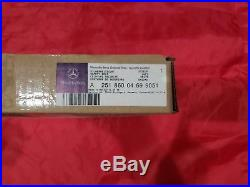 MERCEDES Genuine OEM ML350 Front Seat Belt-Buckle Right 25186004699051