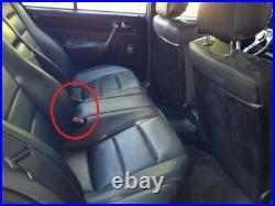 Mercedes Benz W201 190ECosworth 16v 2.5-16 W202 180 200 rear seat belt buckles
