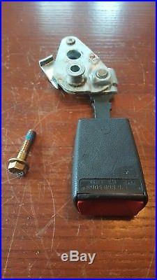 Mercedes W123 passenger (right) Seat belt buckle with bracket/bolt # 1268605069