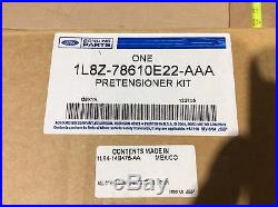 NEW 01 02 03 04 Mazda Tribute Front Right Seat Belt Buckle ECTT-57-900 OEM R