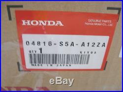 NEW HONDA SEAT BELT BUCKLE LFT. FRT. INNER (P/N 04816-S5A-A12ZA) CIVIC 01-05