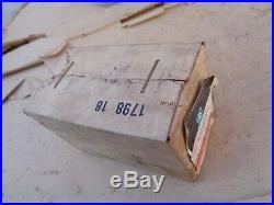 NOS 1970 1972 Chevy Seat Belt BUCKLE RETAINER UNIT Original GM Nova Chevelle