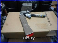 New 2002 2003 Ford Explorer Front Drivers Side Seat Belt Buckle Assembly Oem