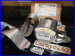 New Oem Genuine Gm Front Left Lh Seat Belt Buckle Retractor 03-07 Cts 88952474