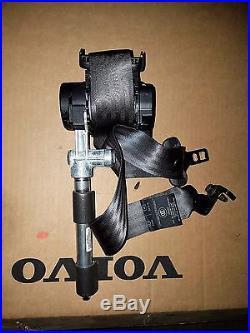 New Oem Volvo S60 V70 Front Seat-Belt & Buckle Retractor Left #30675226