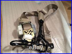 Toyota Prius 04 Seat Belt & Seat Belt Buckle Front Right/Pass. Side Tan OEM